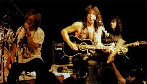 Питер Крисс на одной сцене с KISS в 1995 году