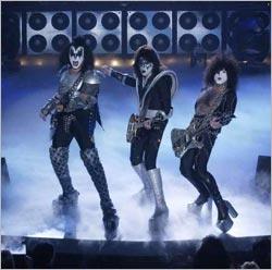 KISS на ТВ-шоу -Bandstand 50th Anniversary- с Томми Тейером