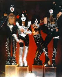 KISS 1977 года